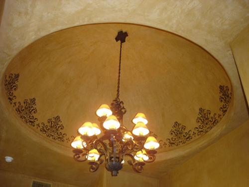 Stencilled design on ceiling